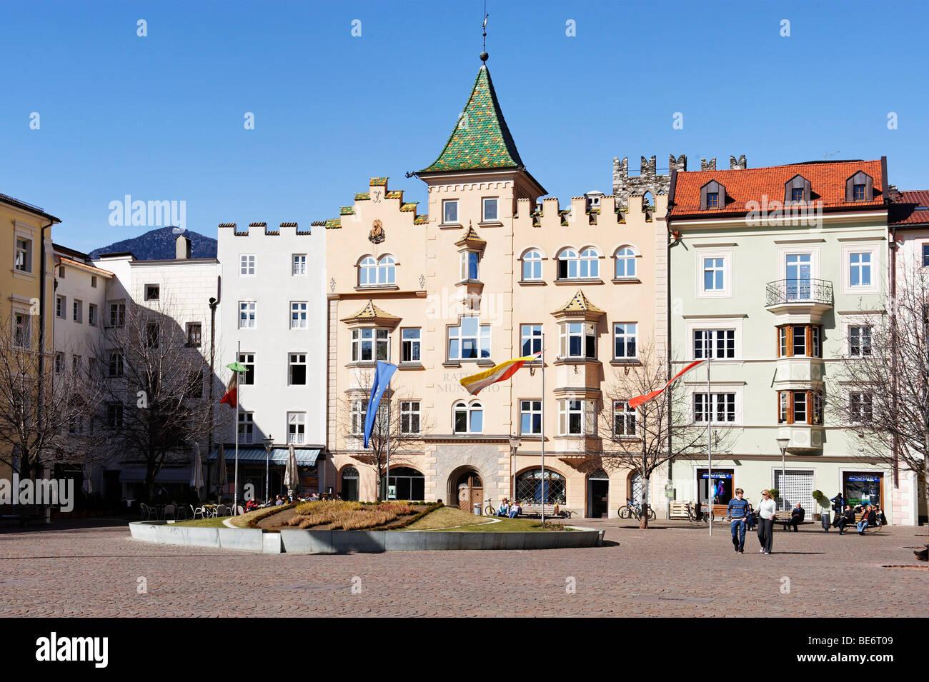 Domplatz Domplatz mit Rathaus, Brixen, Brixen, Südtirol, Italien, Europa Stockbild