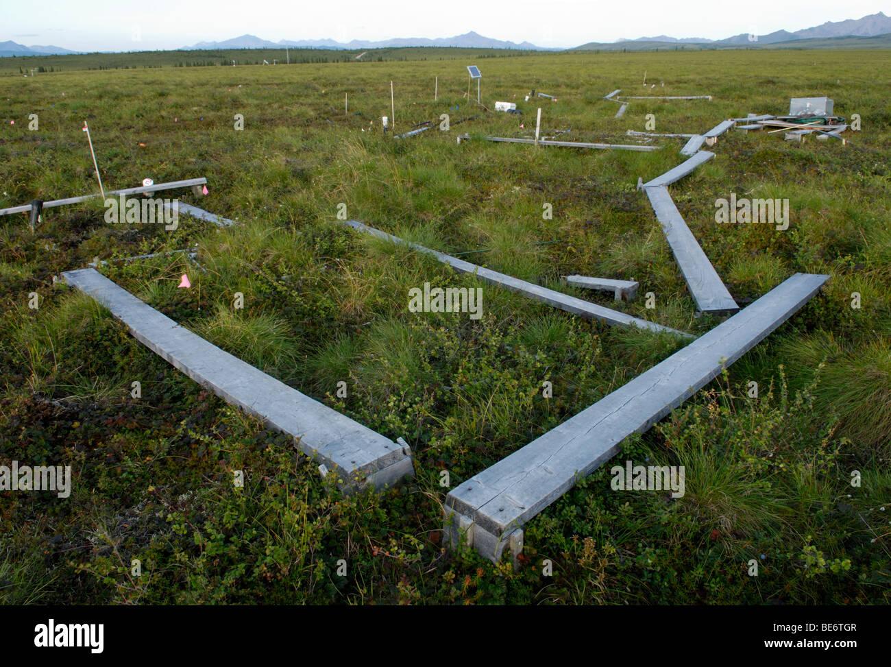 Klima Änderung Forschungsstandort, Alaska.  Kohlendioxid-Freisetzung aus auftauender Permafrost wird zusammen Stockbild