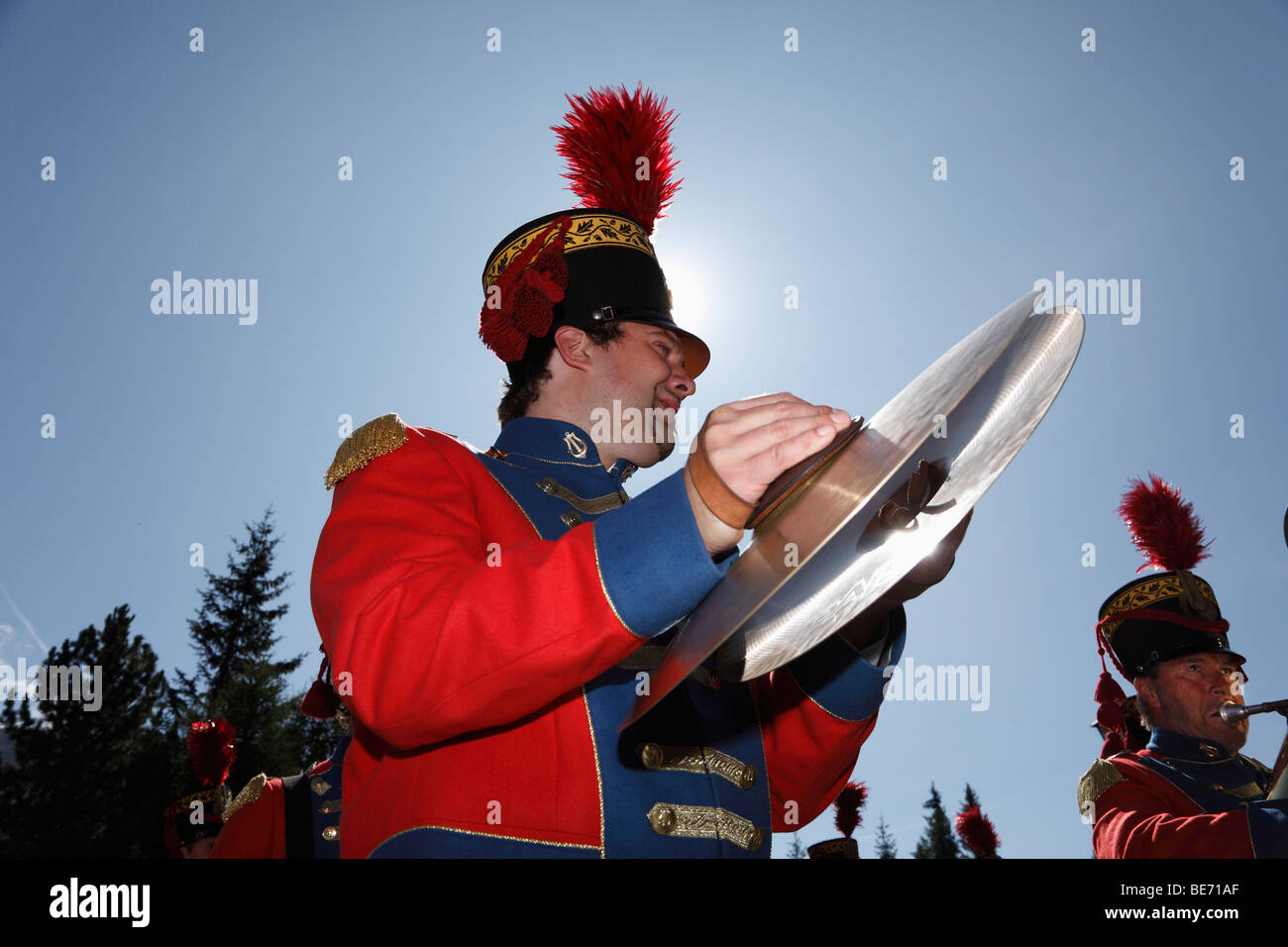 Geben Sie lokale Musikgruppe bei Samson Parade, St. Michael, Lungau, Salzburg, Salzburg, Österreich, Europa Stockbild