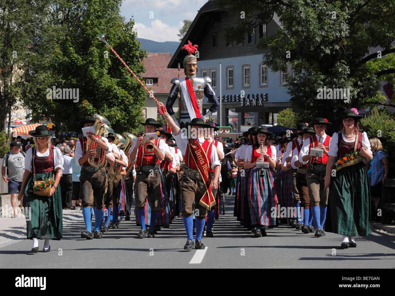 Samson und Zwerg, Samson-Parade in Mariapfarr, Lungau, Salzburg, Salzburg, Österreich, Europa Stockbild