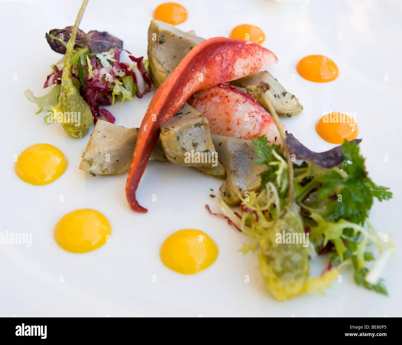 Kanadischer Hummersalat mit Artischocken und Kapern, Restaurant Casala, Hotel Residenz bin, siehe, Meersburg, Bodensee, Stockbild