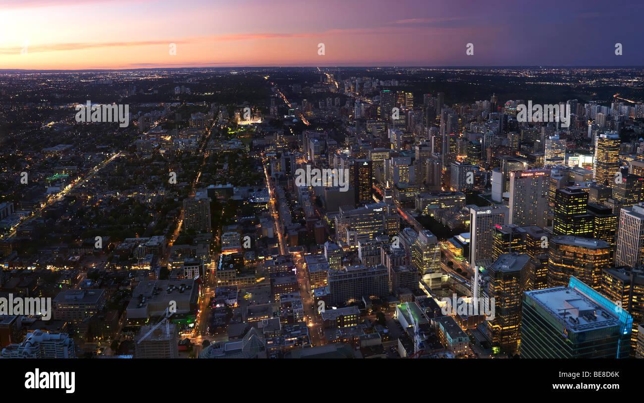 City of Toronto downtown Panoramablick während des Sonnenuntergangs Stockbild