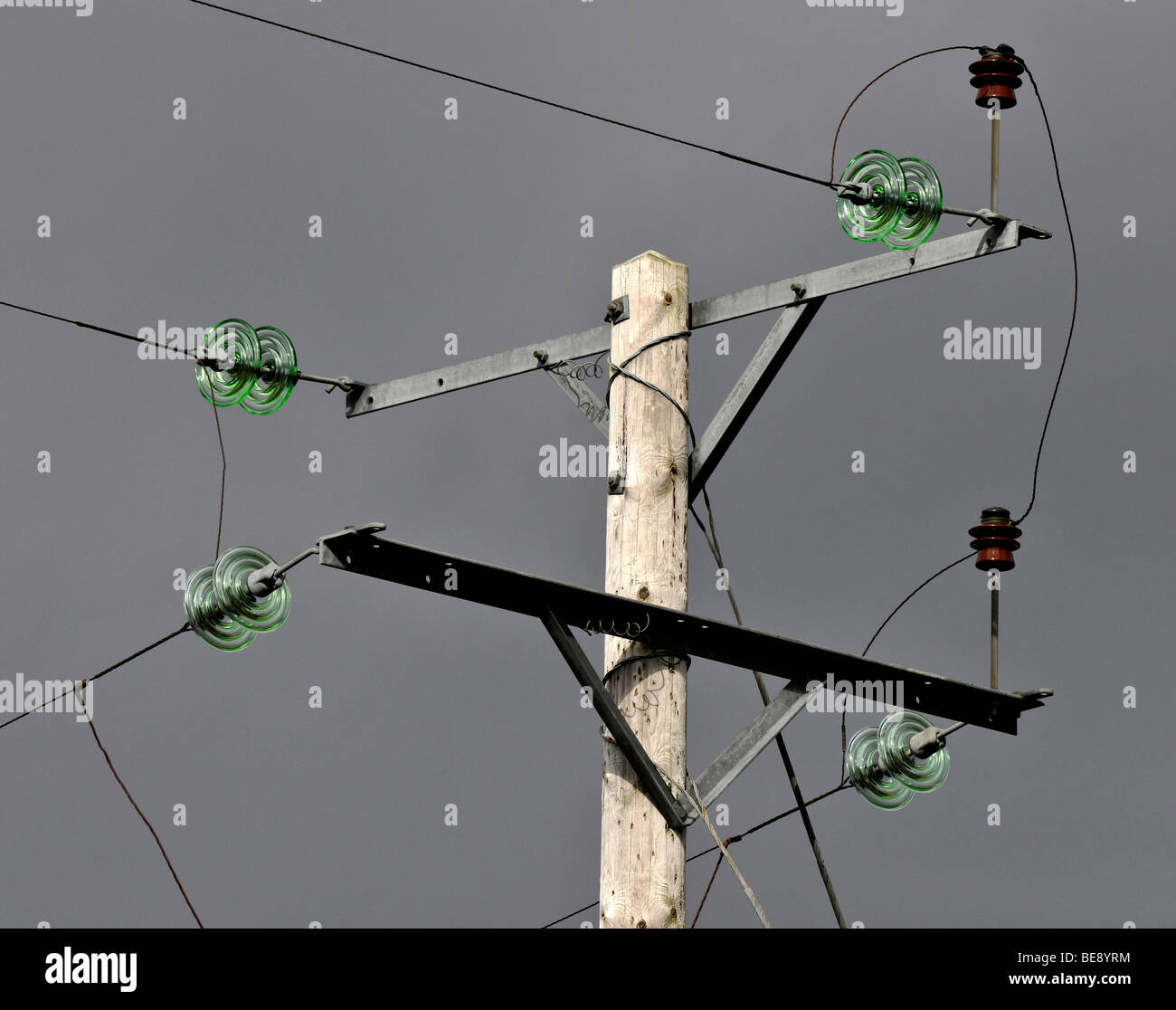 Electricity Power Cables Stockfotos & Electricity Power Cables ...