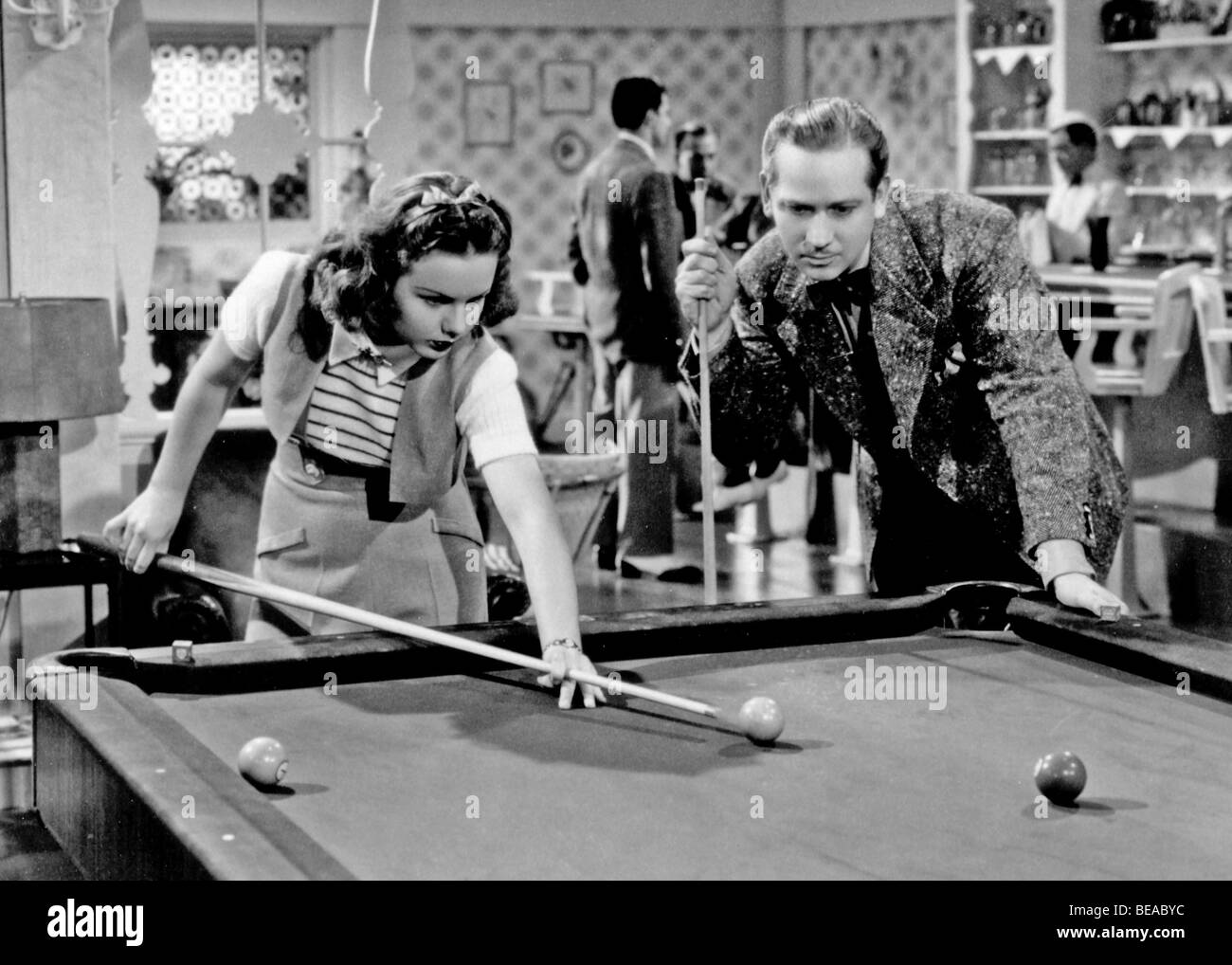 DIESEM bestimmten Alter - 1938 Universal Film mit Deanne Durbin Stockbild