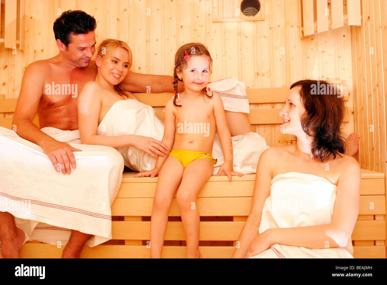 Mädchen Sauna