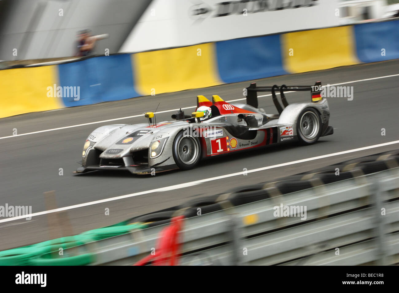 24 Stunden von Le Mans 2009 - Audi R15 TDI N ° 1 Stockbild