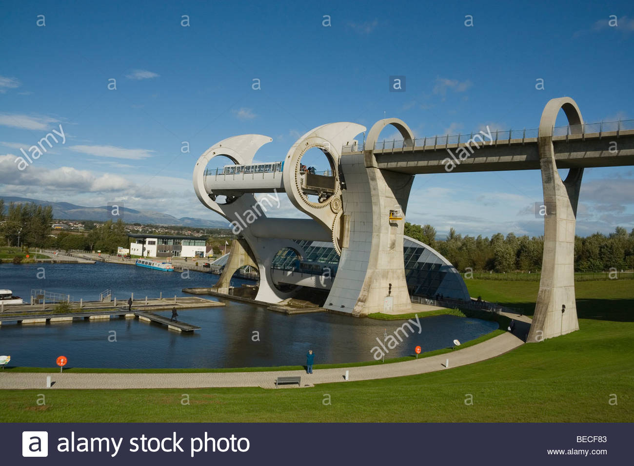 Schottland Falkirk Wheel, die Boote in Rotation Trossachs Stockbild