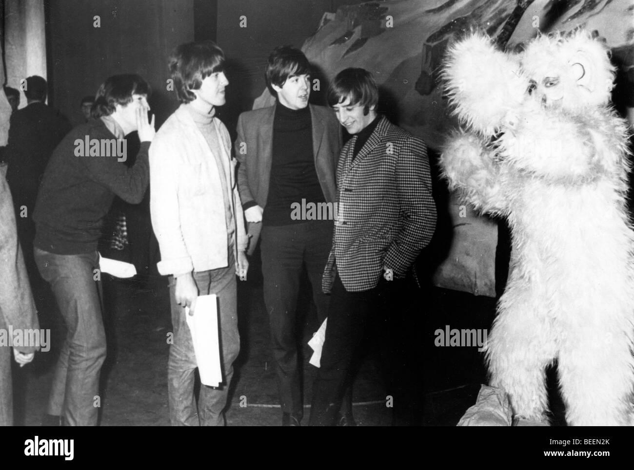 Die Beatles mit Jimmy Savile Dreharbeiten show Stockbild