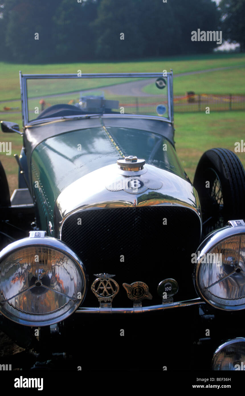 Antike Bentley am Oldtimer zeigen; Leeds Castle; Kent; England Stockbild