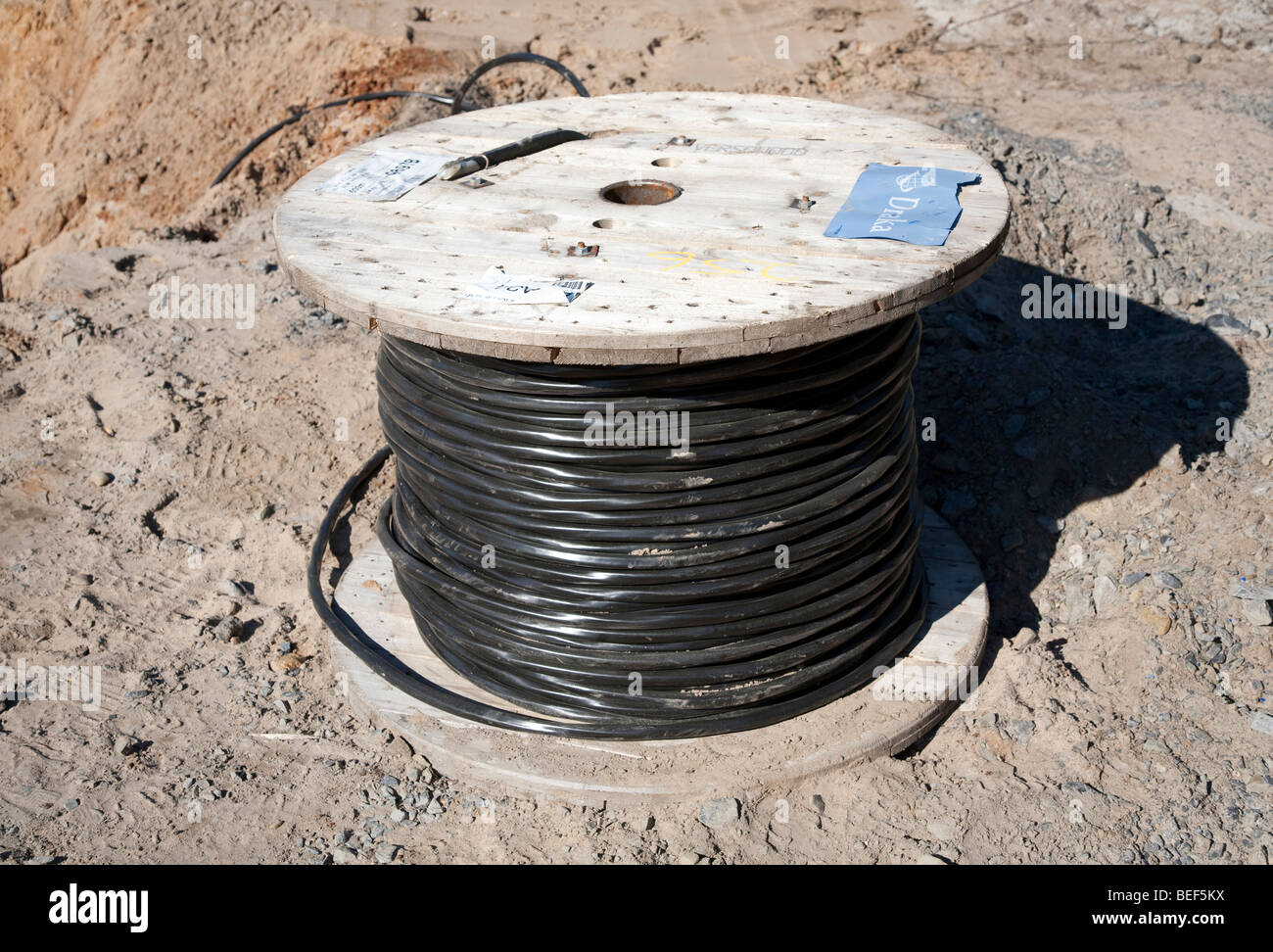 Spool Of Electric Wire Stockfotos & Spool Of Electric Wire Bilder ...