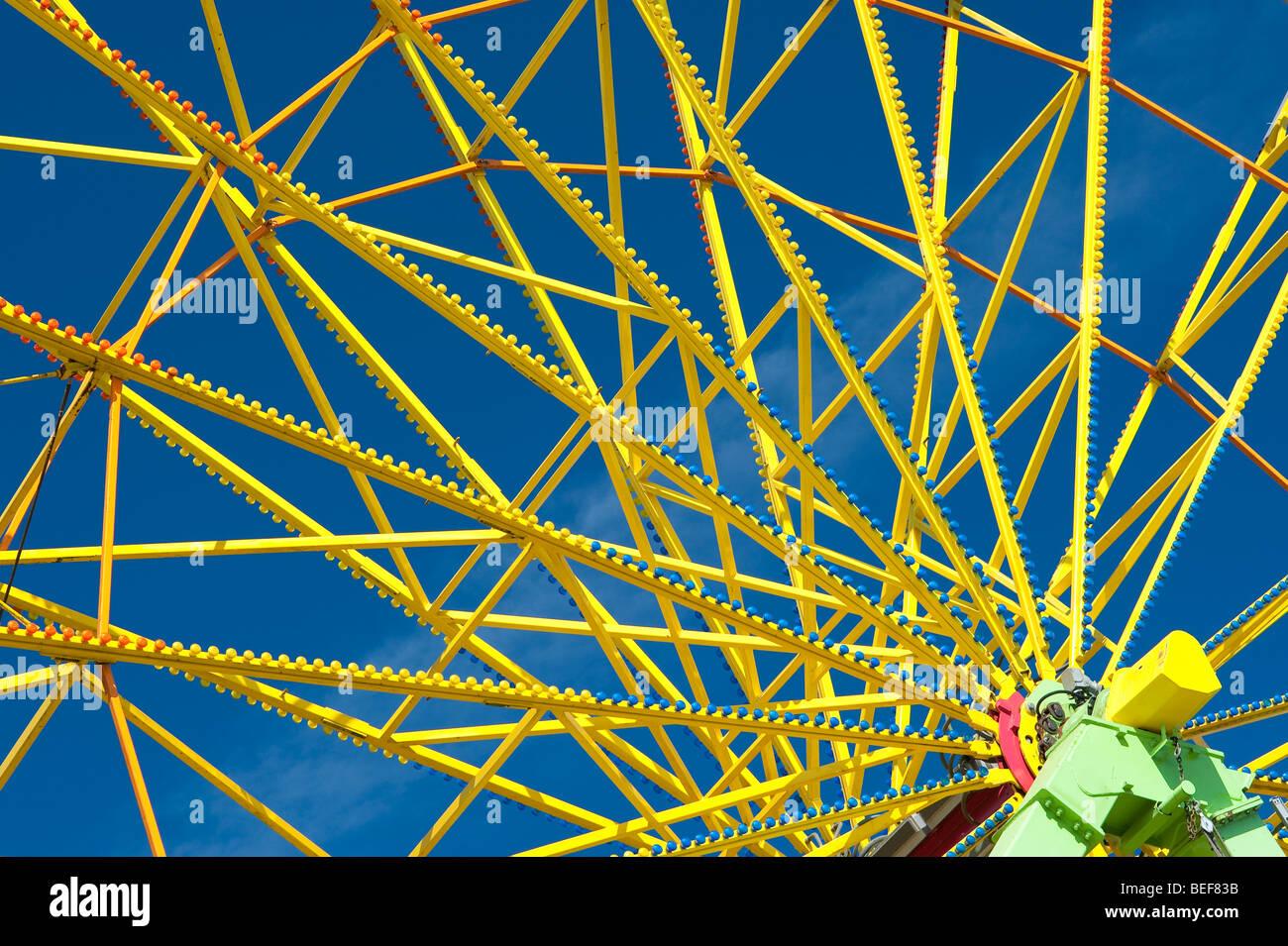 Evergreen State Fair in der Nähe der Speichen auf der gelbe Riesenrad Monroe Washington State USA Stockbild
