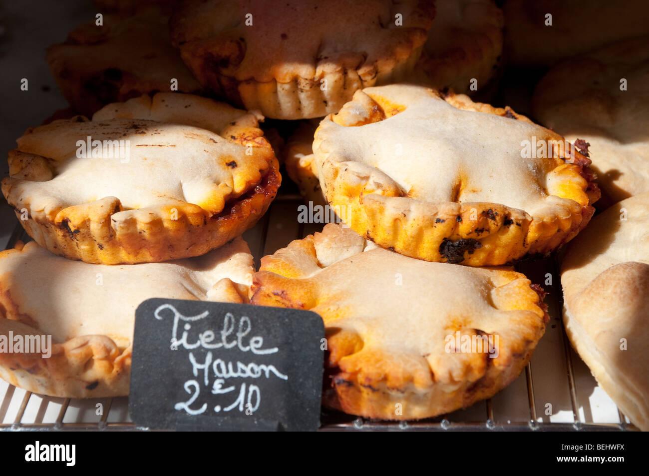 Tielle, salzigen Fisch Pie, Sete, Frankreich Stockbild