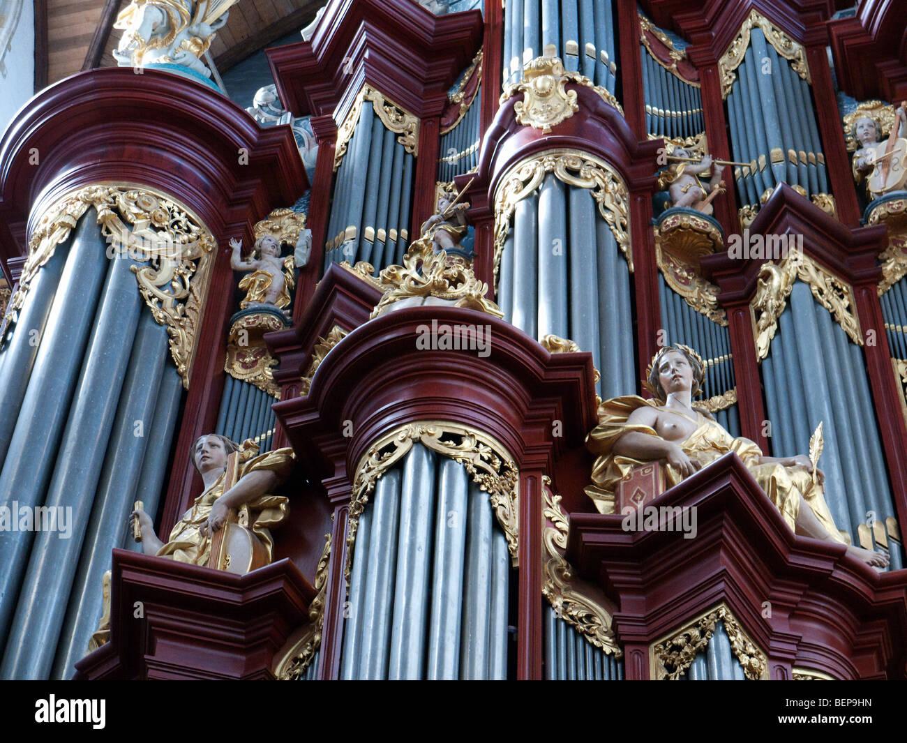 Die berühmte Orgel in Sint-Bavokerk (oder St. Bavo-Kirche), Haarlem, Niederlande Stockbild