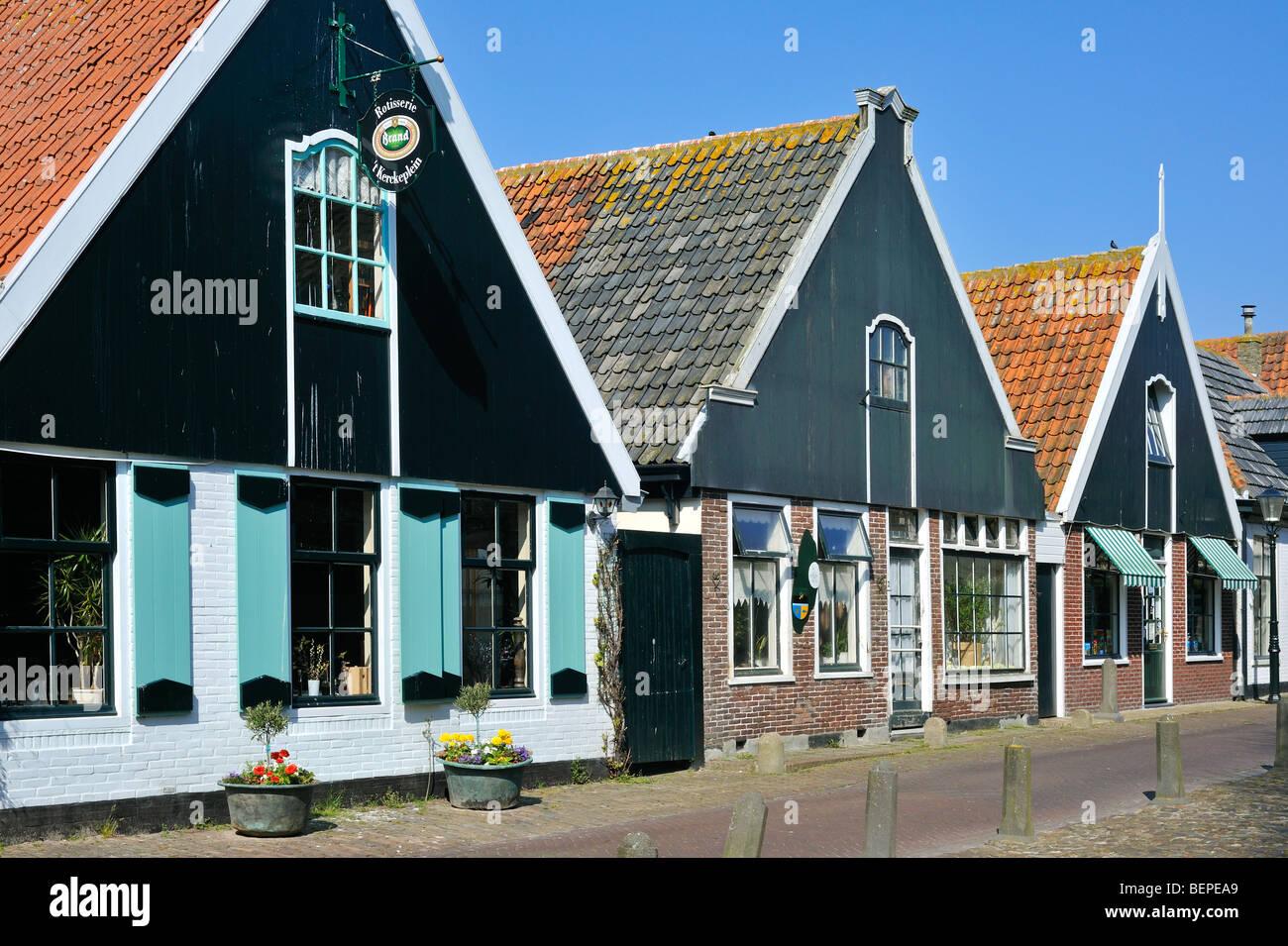 Traditionelle Häuser im Dorf Oosterend Texel Niederlande
