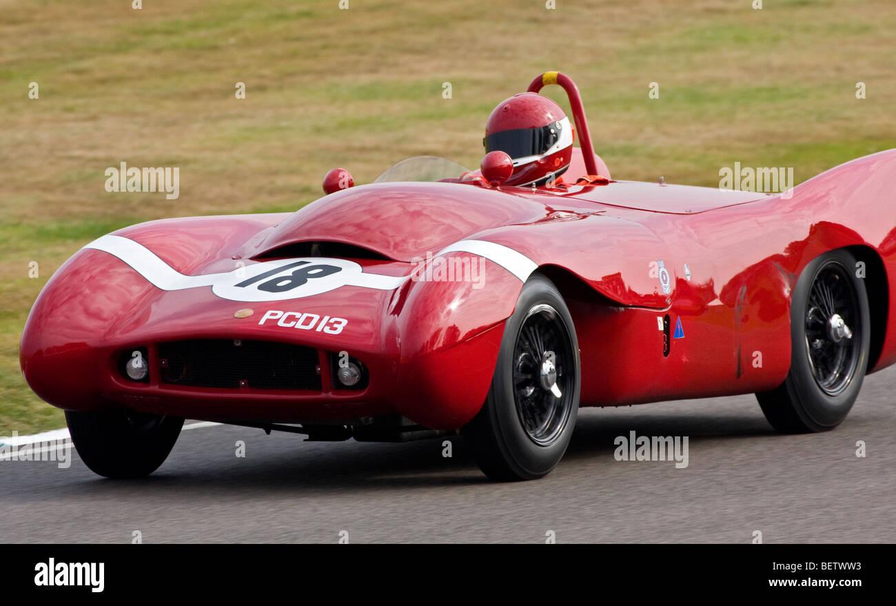 1955-Lotus-Bristol-MkX mit Fahrer Adrian Hall während der Madgwick Cup 2009 beim Goodwood Revival, Sussex, Stockbild