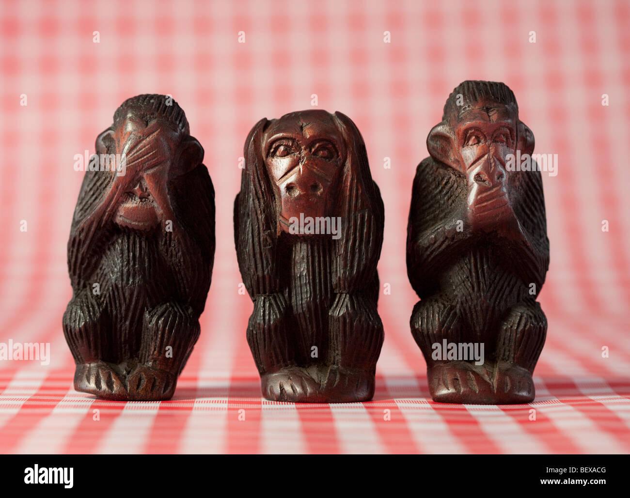 Drei Affen, nichts Böses hören, nichts Böses sprechen, sehen, nichts Böses. Stockbild