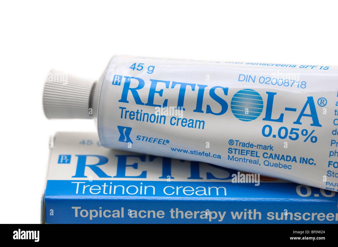 Tretinoin Creme - topische Akne-Therapie Stockbild