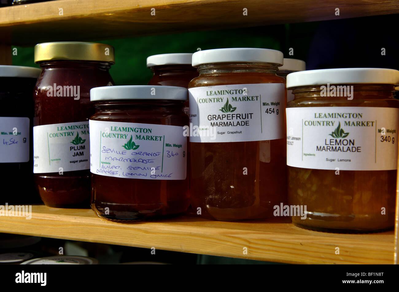 Gl ser mit hausgemachter marmelade und konfit re auf verkauf uk stockfoto bild 26468872 alamy - Marmelade einkochen glaser ...