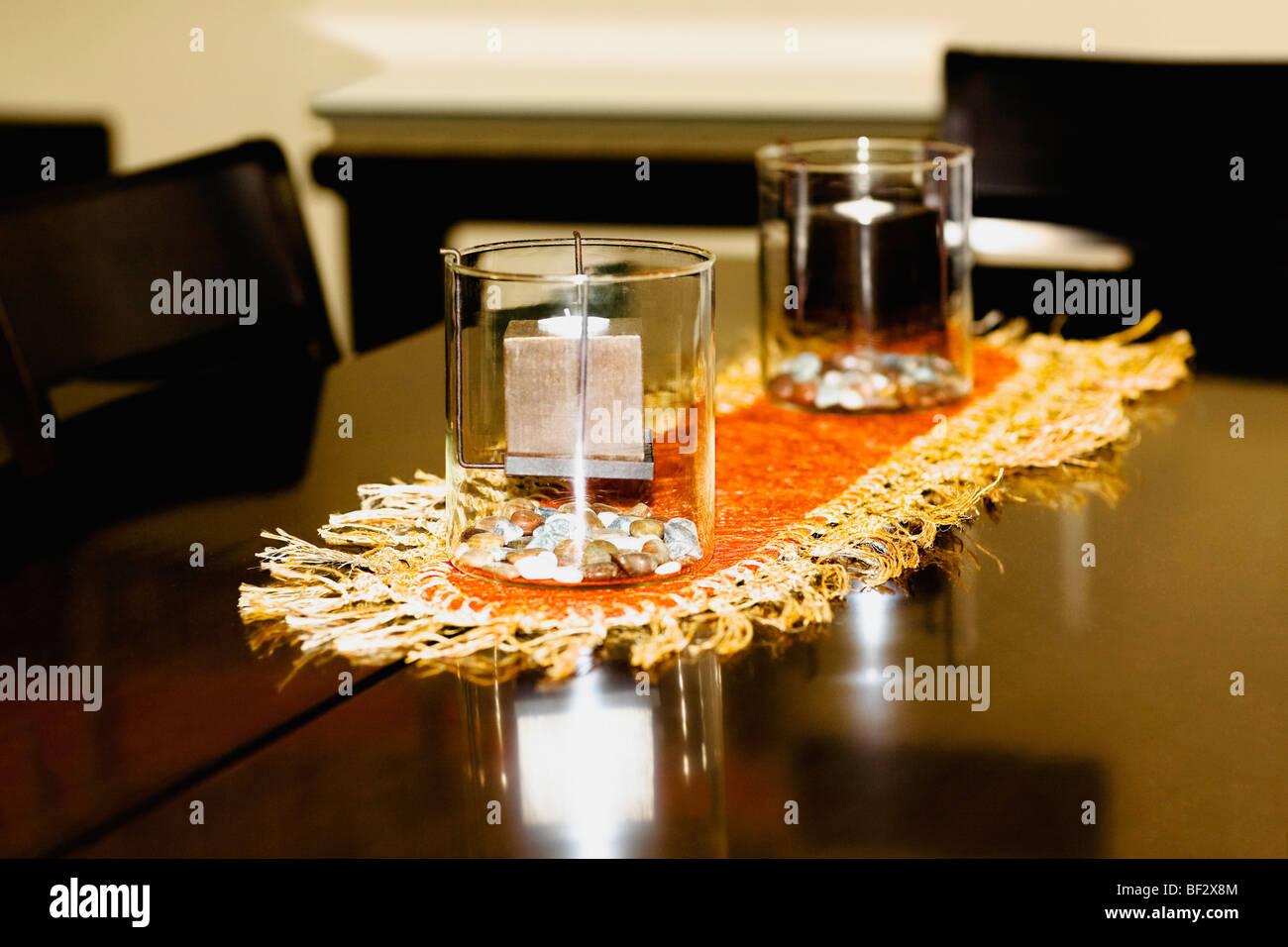 Kerzen im Glas Stockfoto