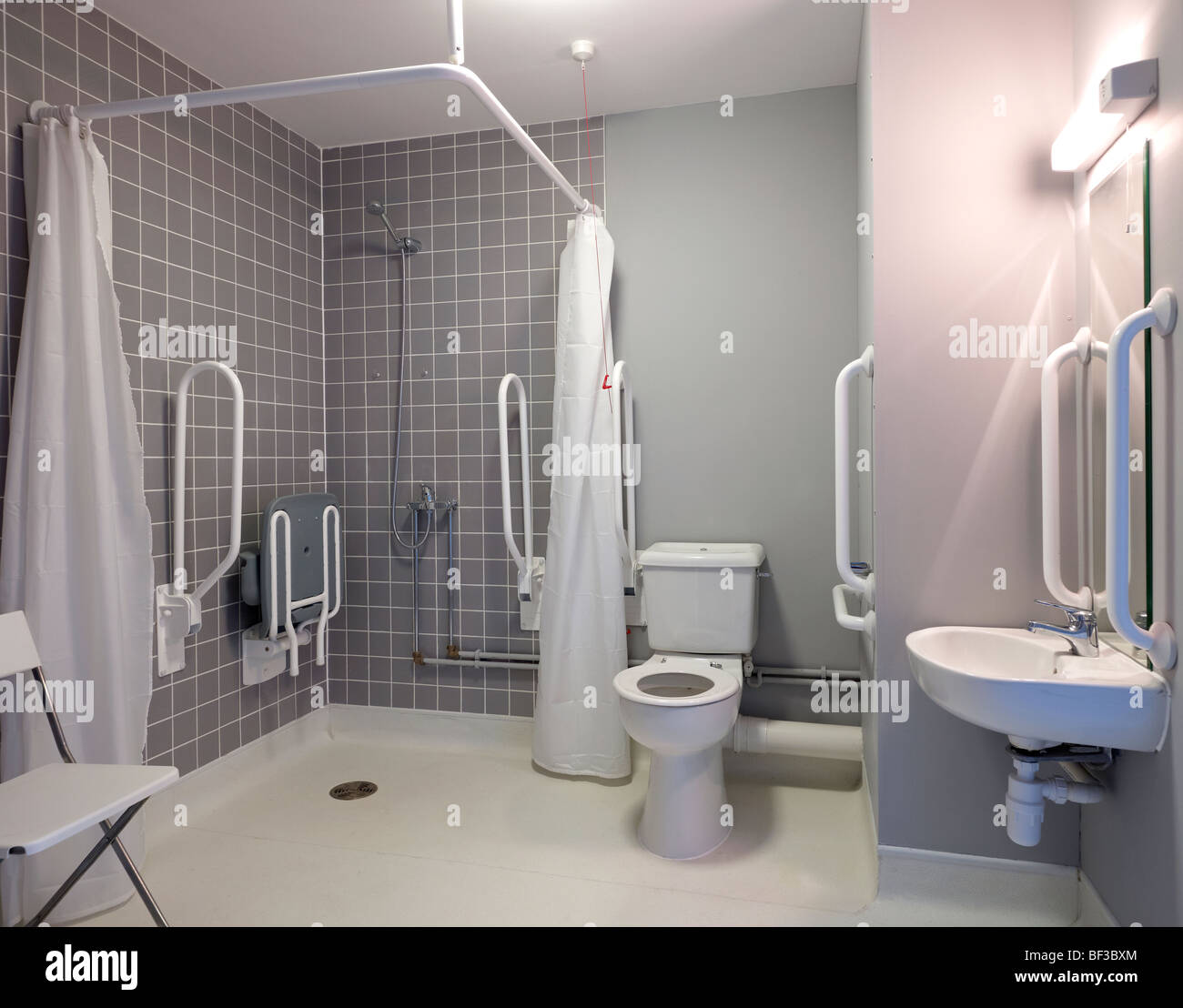 behindertengerechte Badezimmer Einrichtung Stockfoto, Bild: 26505436 ...