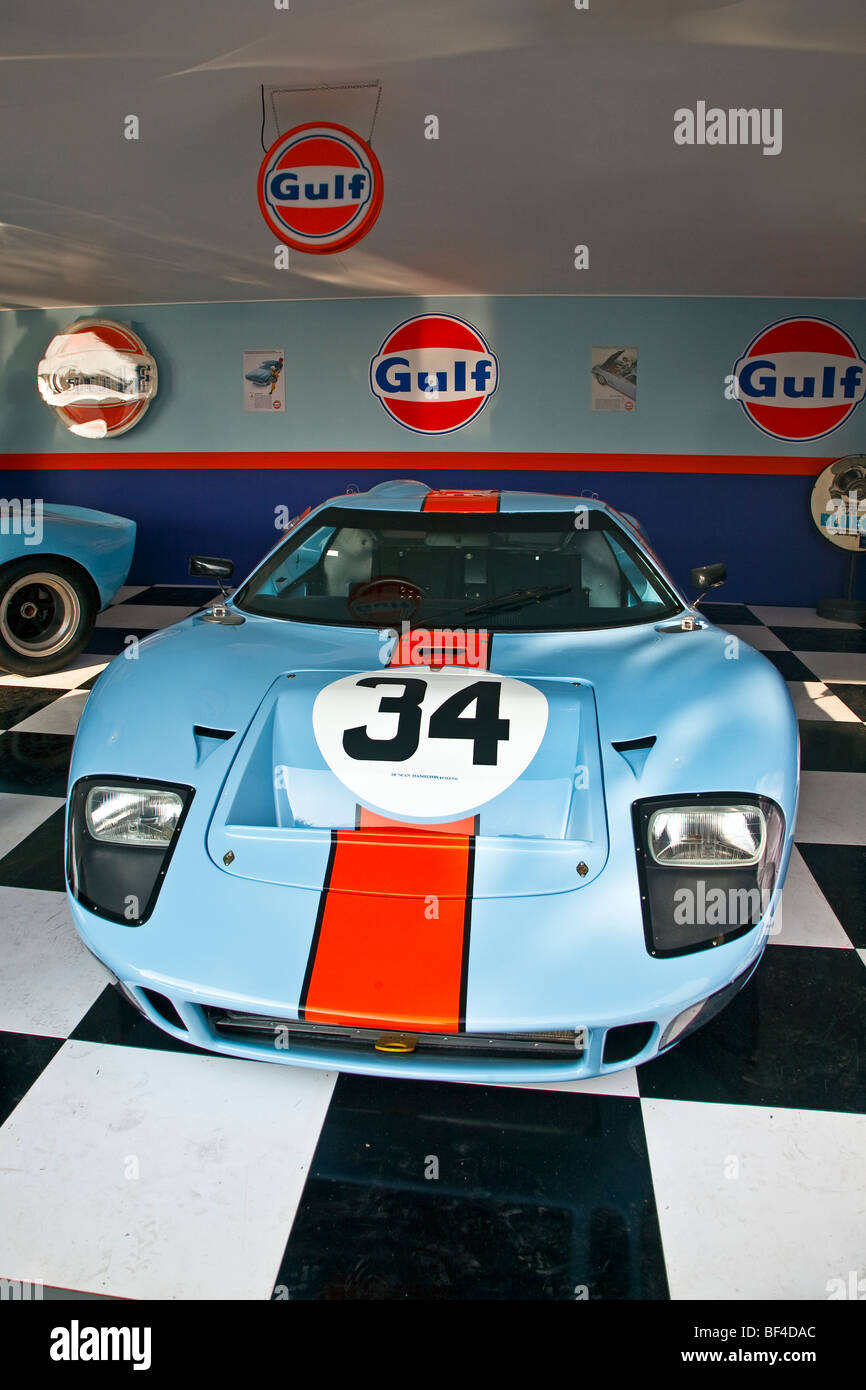 Ford gt40 stockfotos ford gt40 bilder alamy for Garage ford le plessis grammoire