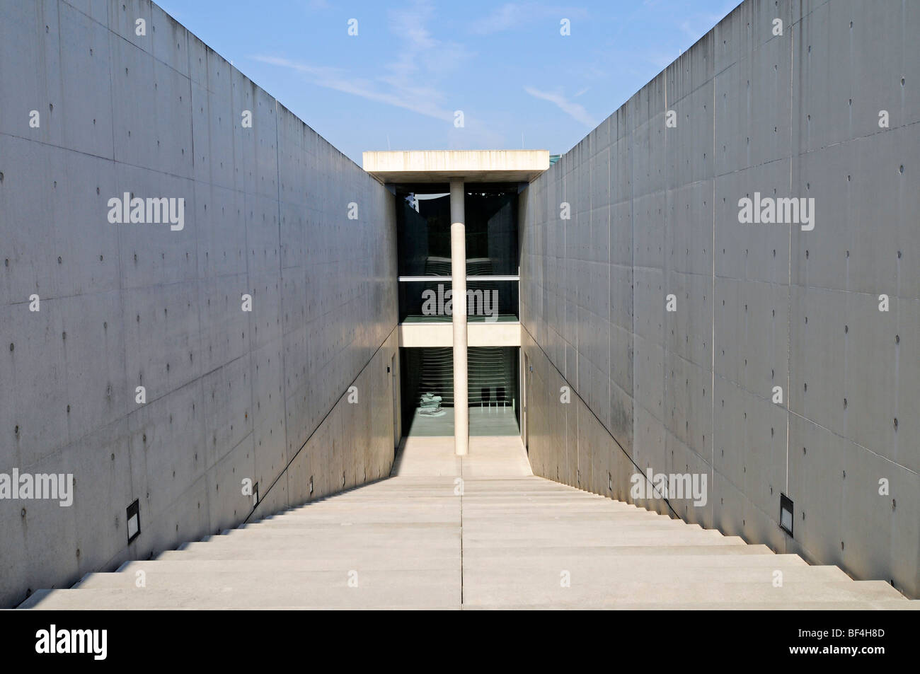 Moderne Architektur Treppen Beton Ehemalige Raketenbasis Kunstmuseum Langen Foundation Architekt Tadao Ando Hombroich Kre