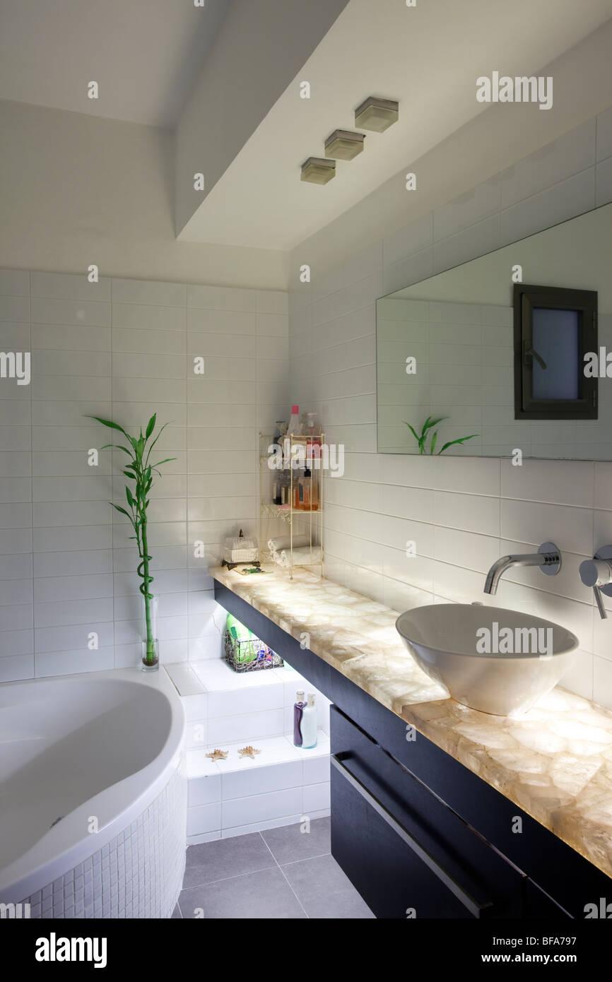 Moderne Luxus-Badezimmer Stockfoto, Bild: 26655475 - Alamy
