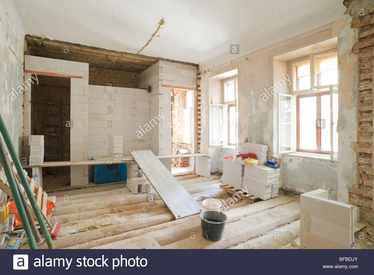 Altbausanierung, Wohnungssanierung   Renovierung Einer Alten Wohnung