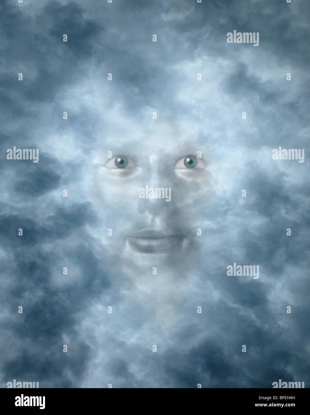 Spirituelle Gesicht spähte durch Wolken möglicherweise einen Gott oder Gottheit Stockbild