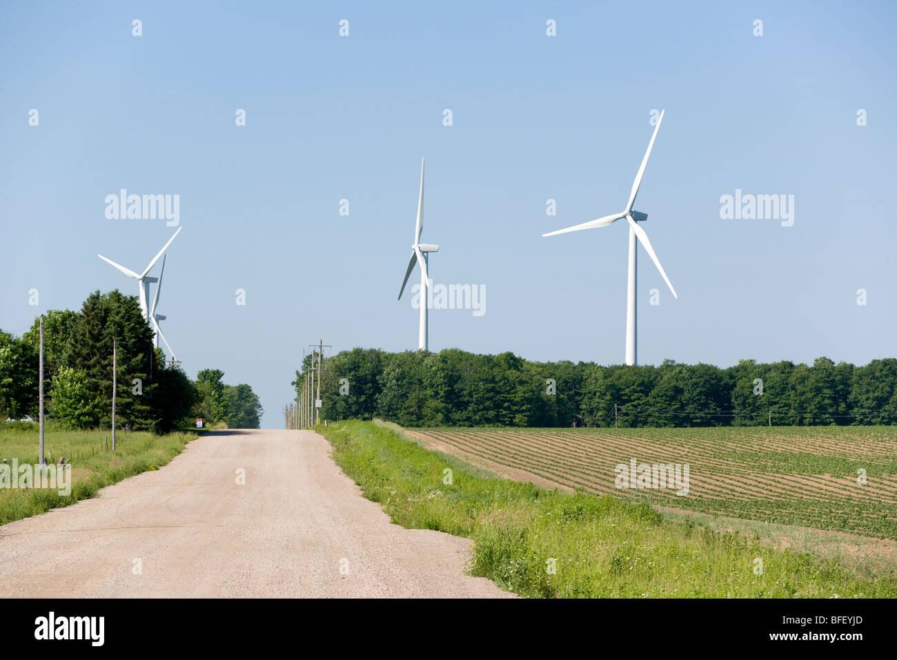 Wind-Turbinen, Shellburne, Ontario, Kanada, Windenergie, Alternative Energie Stockbild