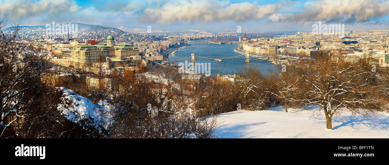 Panorama von Budapest und der Donau, Ungarn Stockbild