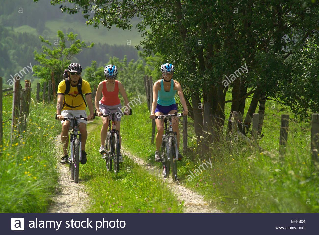 Radfahren - Radfahren Stockbild