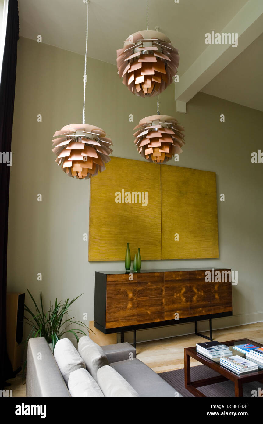 wohnzimmer mit sofa und louis poulsen artichoke lichter stockfoto bild 26969197 alamy. Black Bedroom Furniture Sets. Home Design Ideas