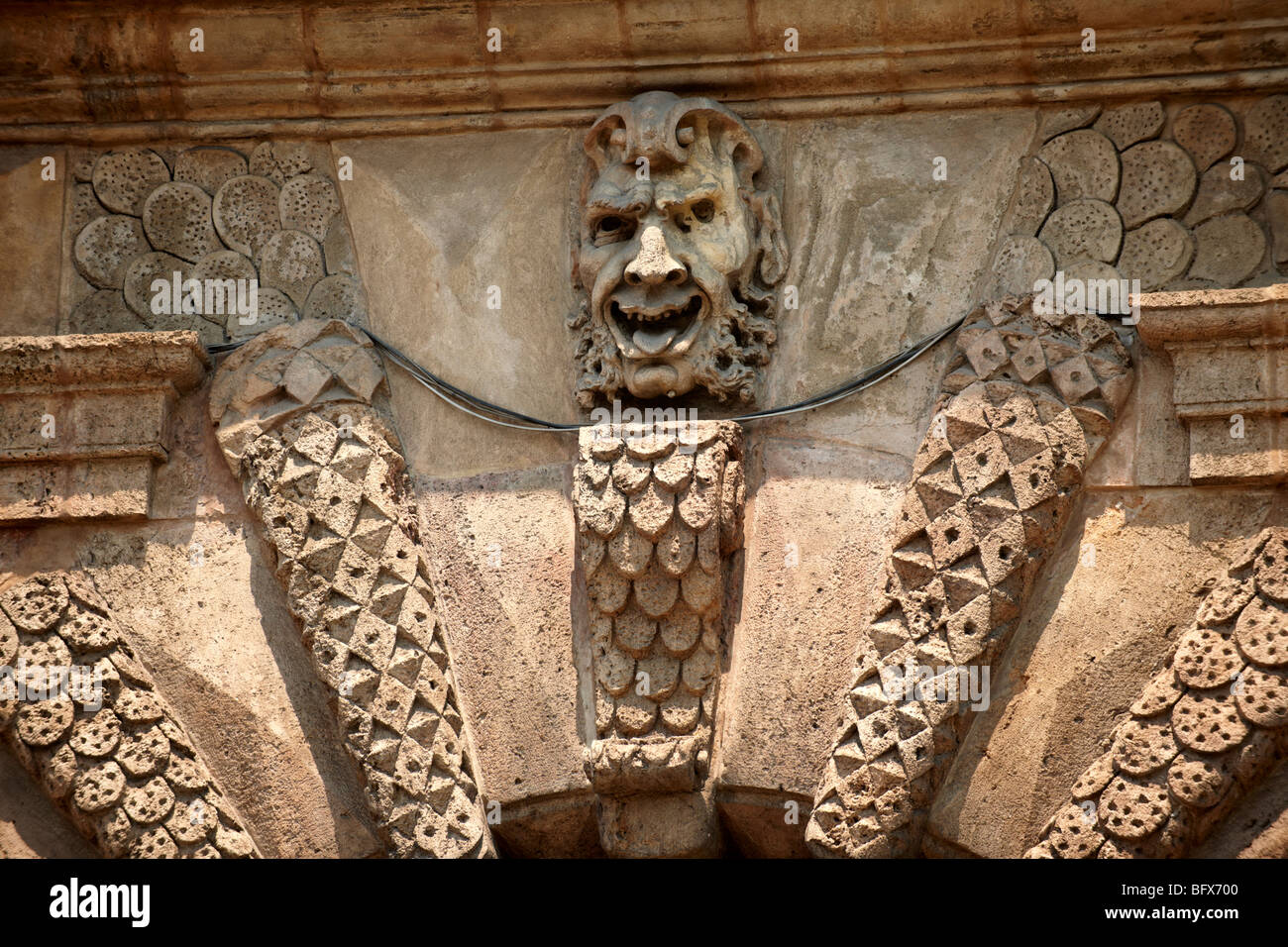POTA Nuova Bogen Skulpturen, architektonische Dekoration, Palermo Sizilien Stockbild