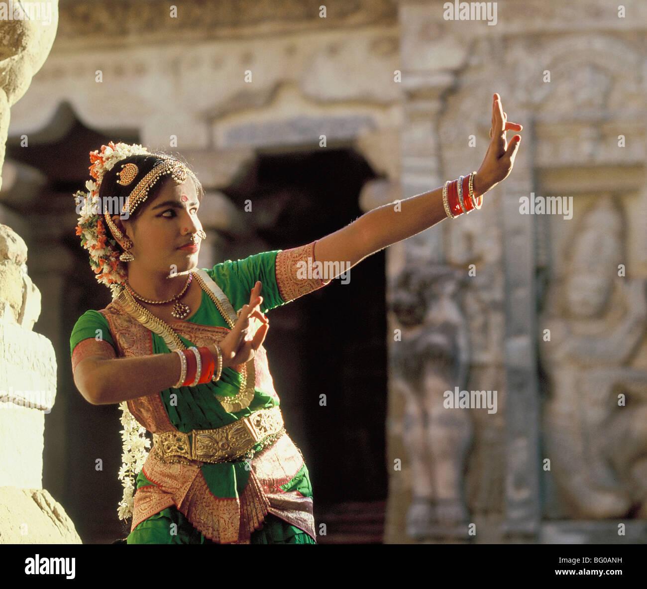Bharatanatyam, beliebte südindischen Tanz, Kanchipuram, Tamil Nadu, Indien, Asien Stockbild