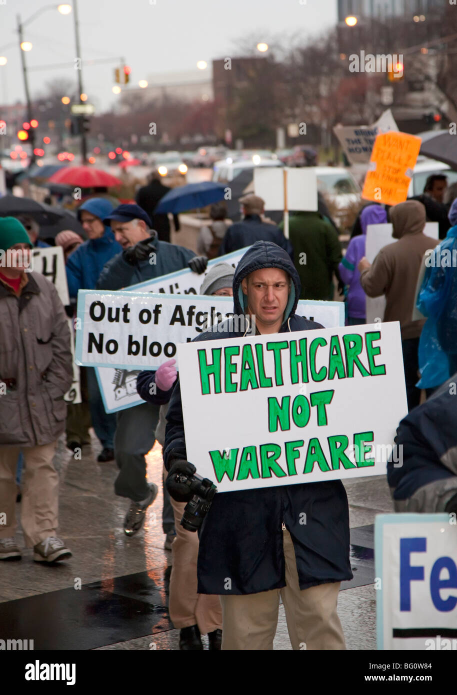 Protest gegen Präsident Obama Eskalation der Afghanistan-Krieg Stockbild