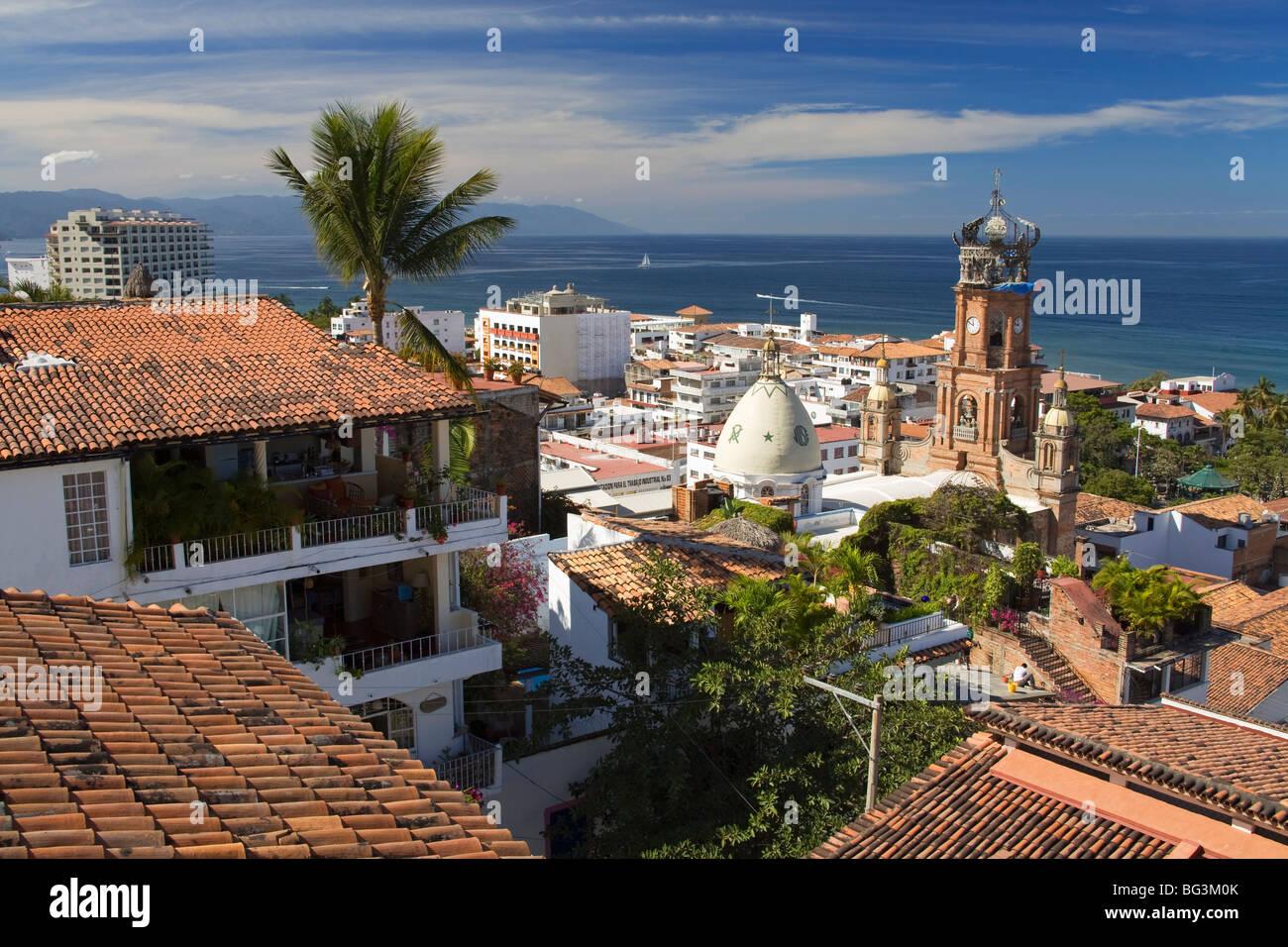 Ziegeldächer, Puerto Vallarta, Jalisco Staat, Mexiko, Nordamerika Stockbild