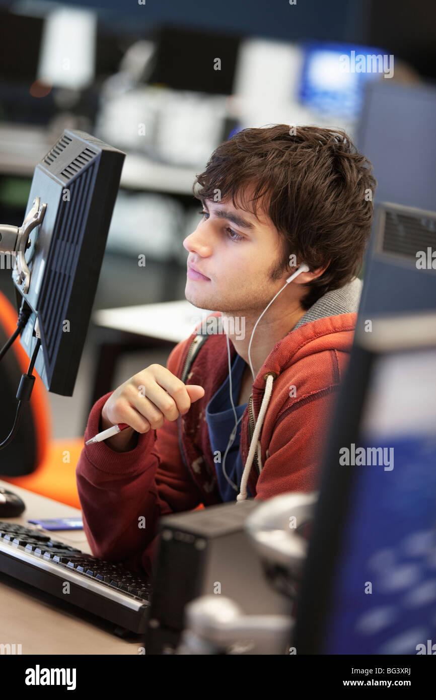 Studentin mit computer Stockbild