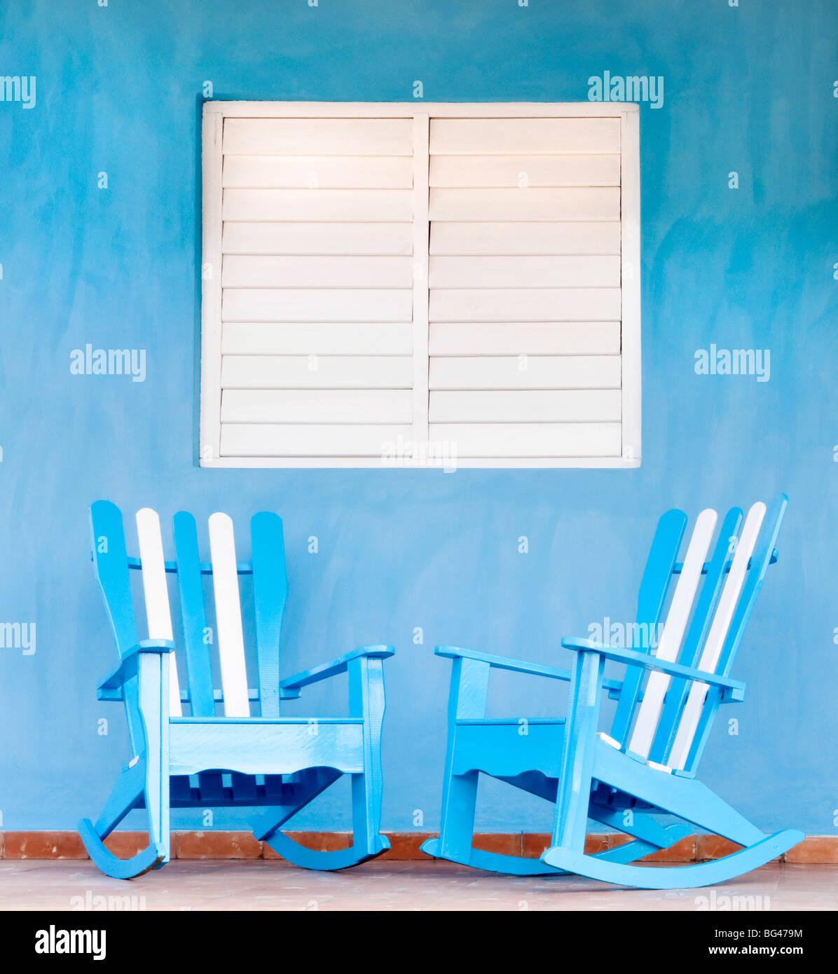 Traditionelle Schaukelstühle in Vinales, Kuba, Karibik Stockbild