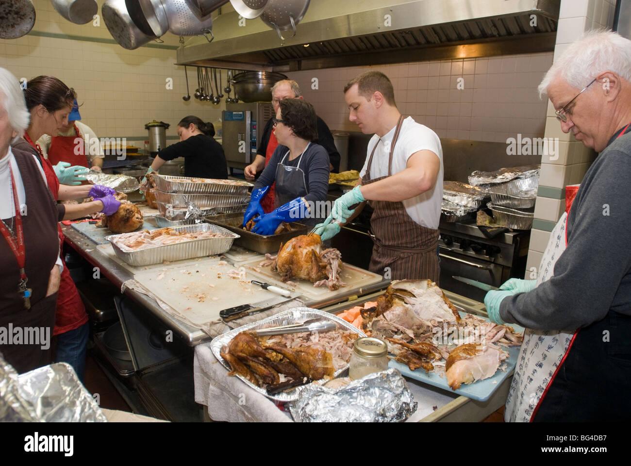 Thanksgiving Abendessen zubereitet in einer Suppenküche Park Slope ...