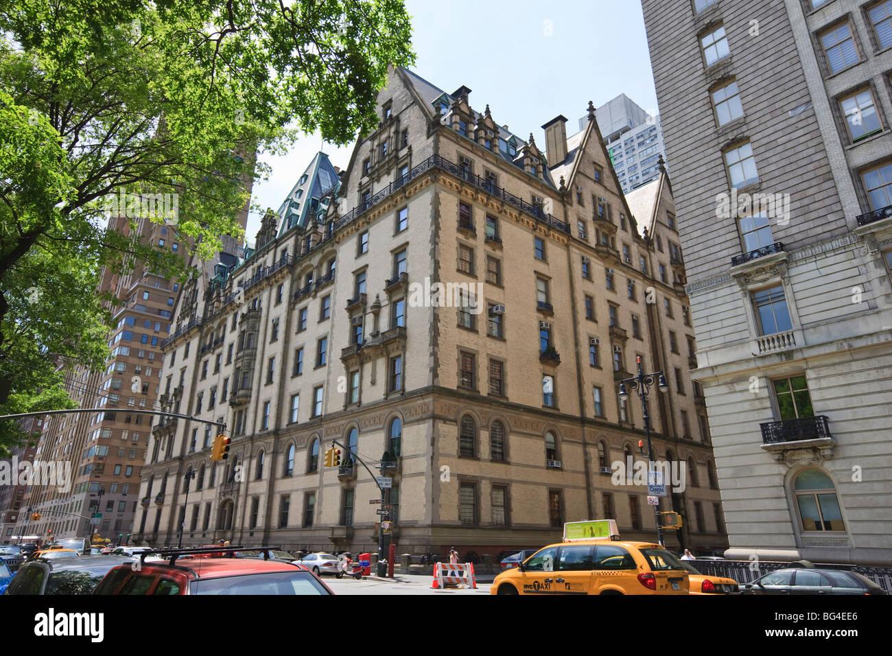 John Lennon Dakota Building New York