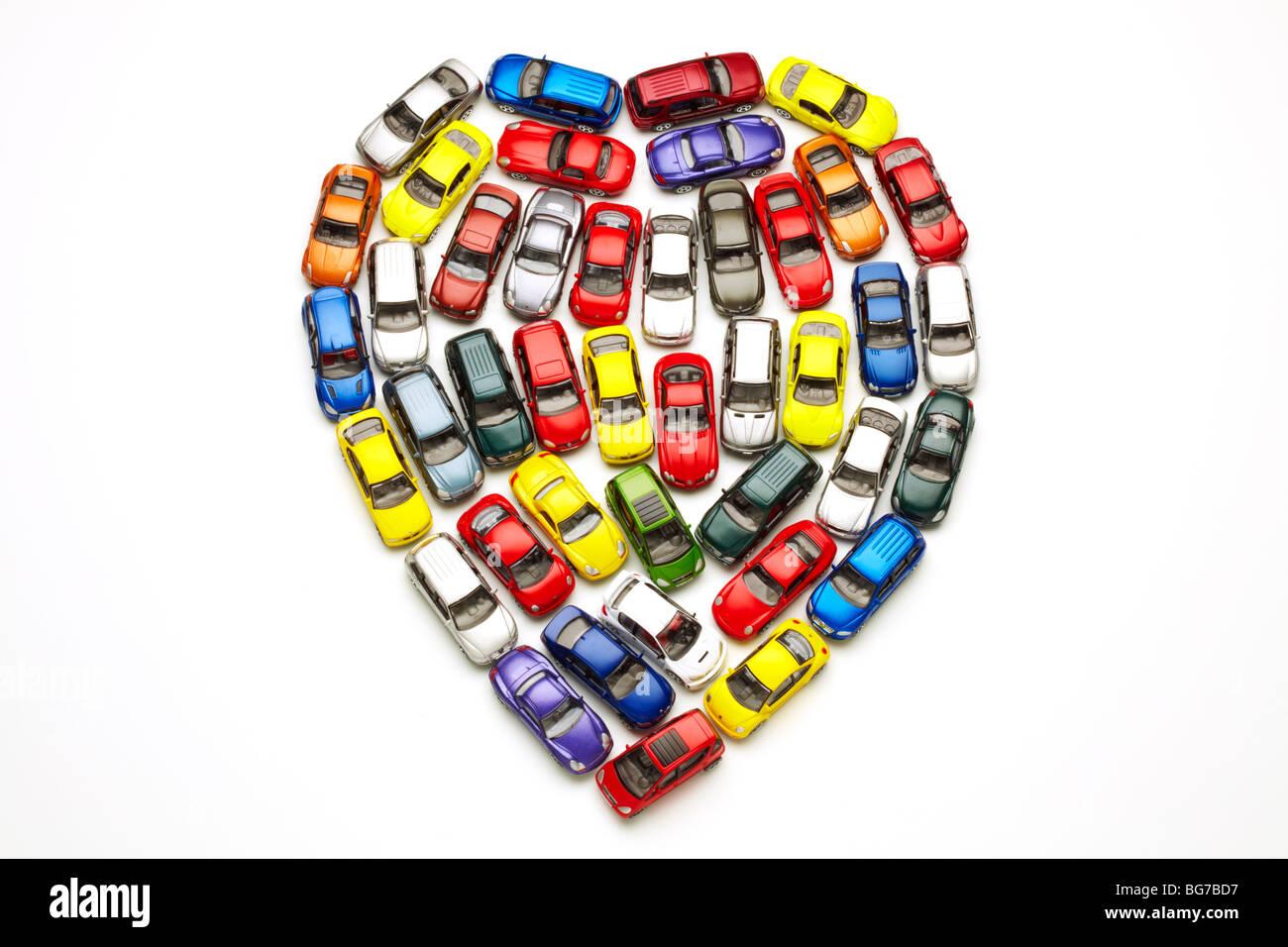 Modellautos in Herzform Stockbild