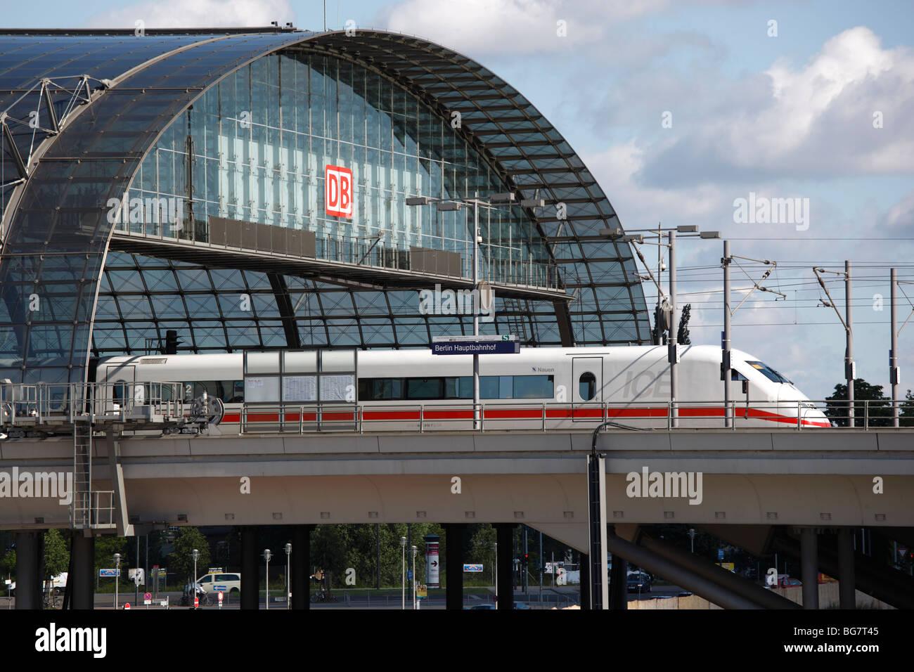 Berliner Express Stockfotos Berliner Express Bilder Alamy