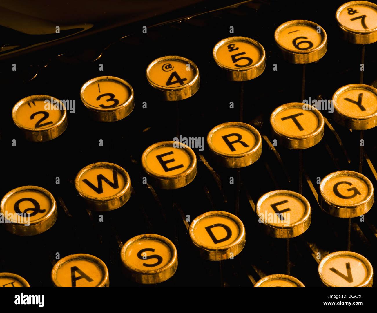 Schlüssel der alten mechanischen Schreibmaschine Stockbild