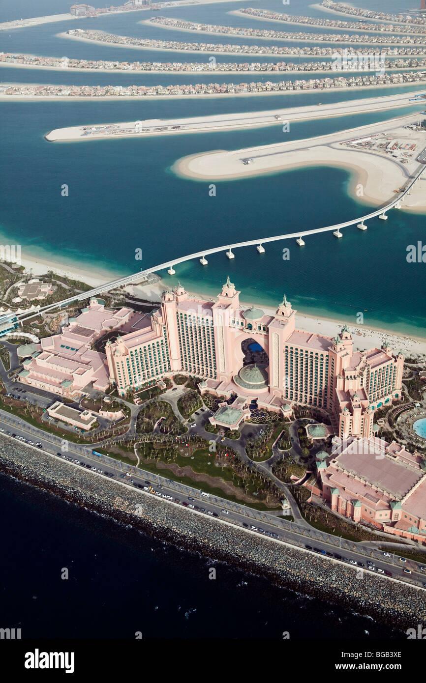 Hotel Atlantis auf The Palm aus der Luft, Dubai, Vereinigte Arabische Emirate Stockbild