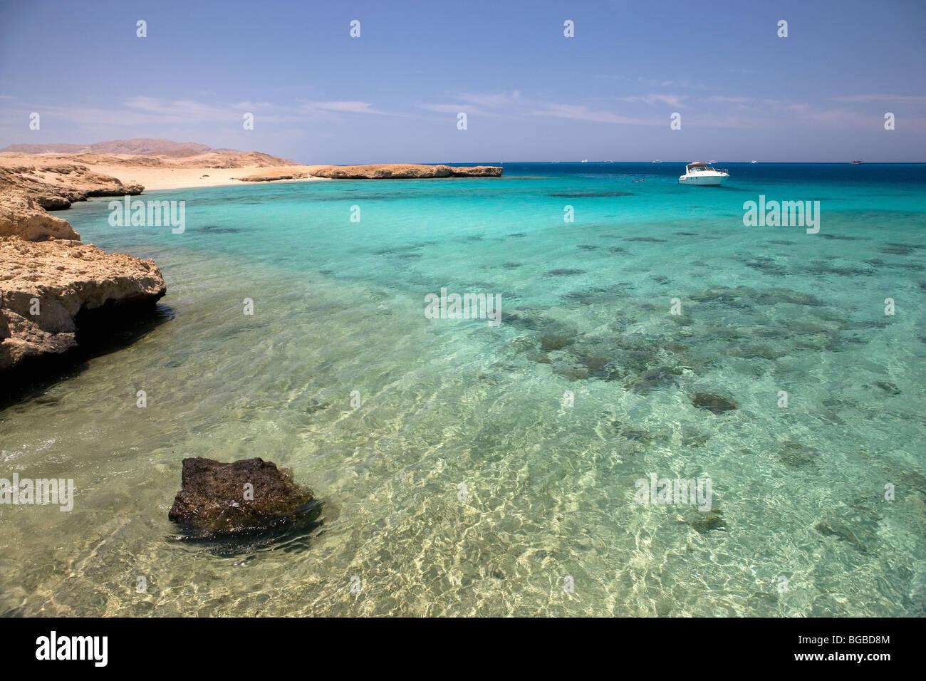Afrika, Ägypten, Sharm el Sheik, Tiran Insel, Meer, Boot, Küste, Farben, Tauchen, Tauchen, Korallenriff, Stockbild