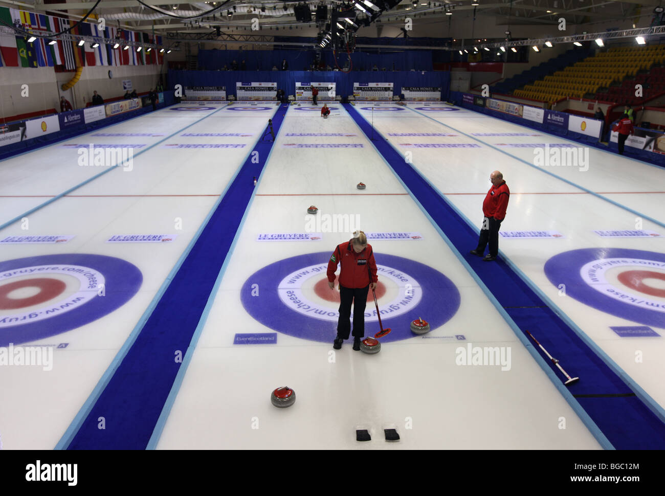curling rink uk stockfotos curling rink uk bilder alamy. Black Bedroom Furniture Sets. Home Design Ideas