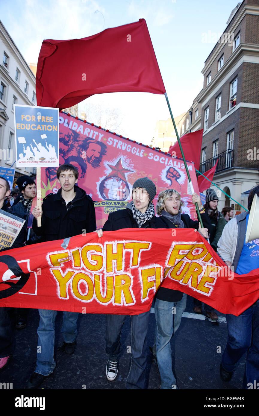 """Universität Schüler Rallye, """"Jugend Marsch für Arbeitsplätze"""". Sozialistische Partei. Stockbild"""