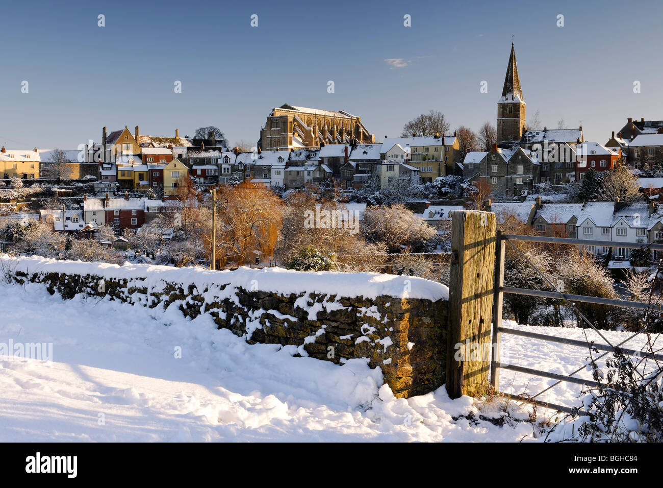 Malmesbury unter Schnee. Stockfoto