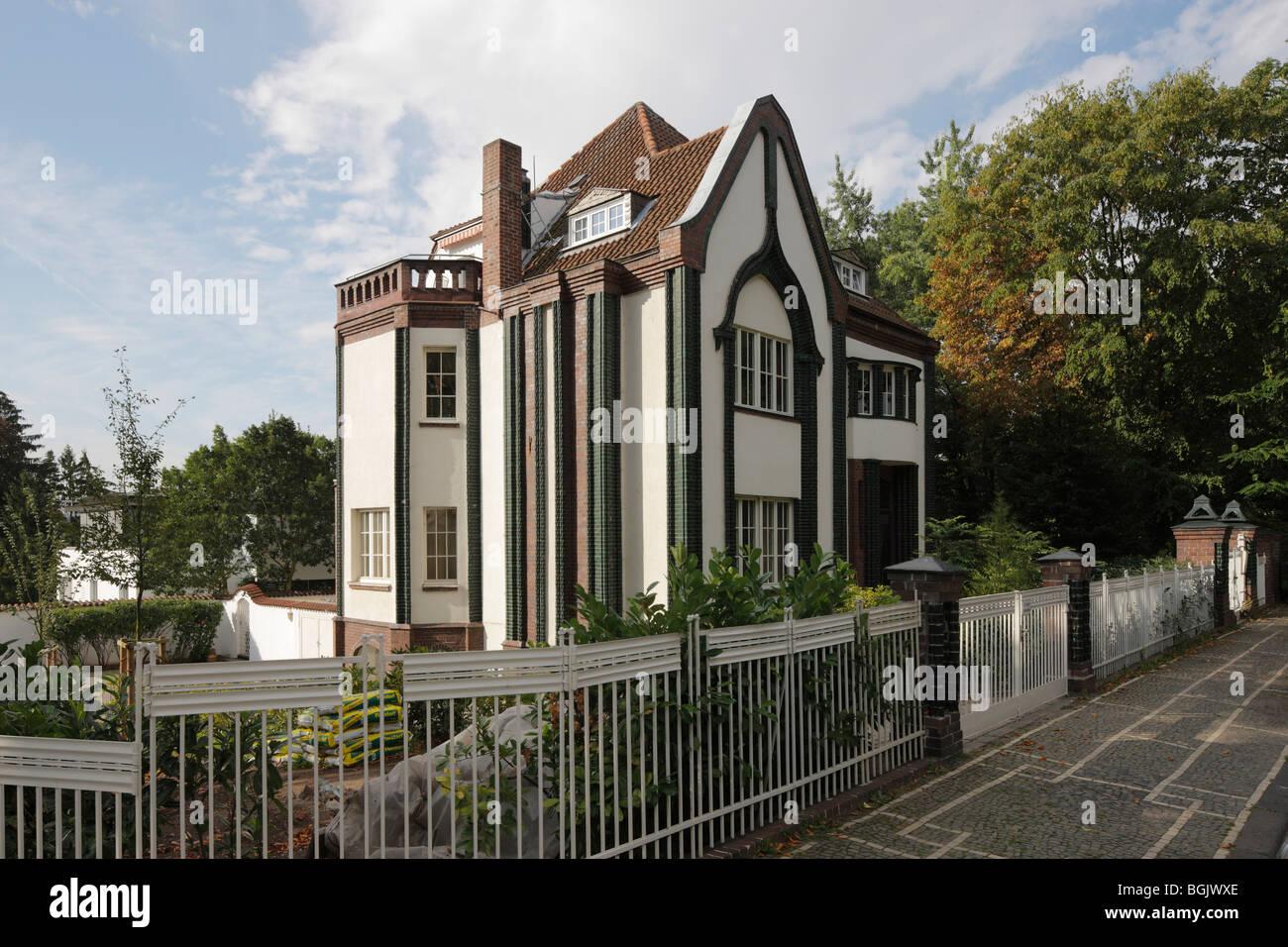 Darmstadt, Mathildenhöhe, Haus Behrens, Strassenseite